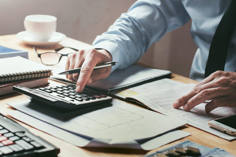 activité private equity midcap CMI